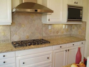 Marble stone backsplash