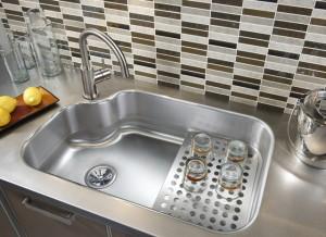 kitchen sinks in Toronto